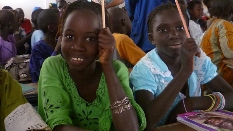 Die Kinder und Schulen im Senegal