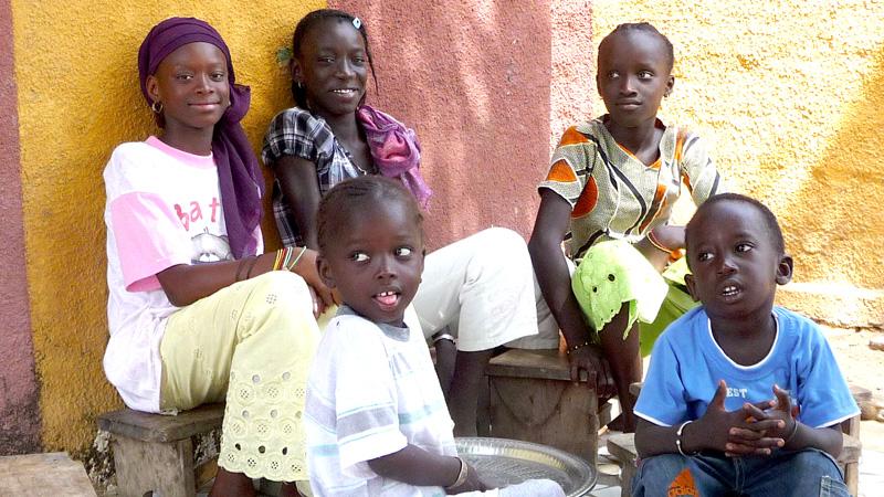 Stifte stiften und Schulen in Afrika