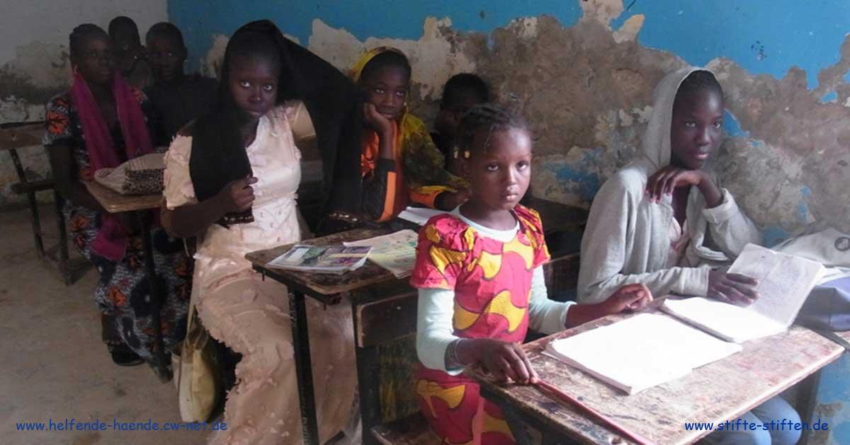 Stifte stiften und Schulen in Afrika Burundi und Mauretanien