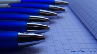 Kugelschreiberspende der VDW GmbH für Stifte stiften