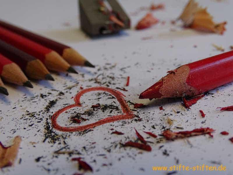 Stifte stiften für Schulen und Kinder in Afrika