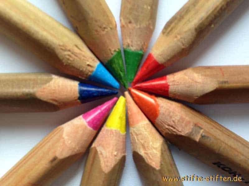 Praktisches Lernen mit Stifte stiften und dabei etwas Gutes tun