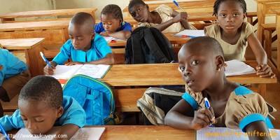 Spende an Stiften für die Kindergartenklasse