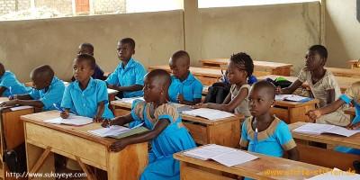 Stifte für Schule in Togo