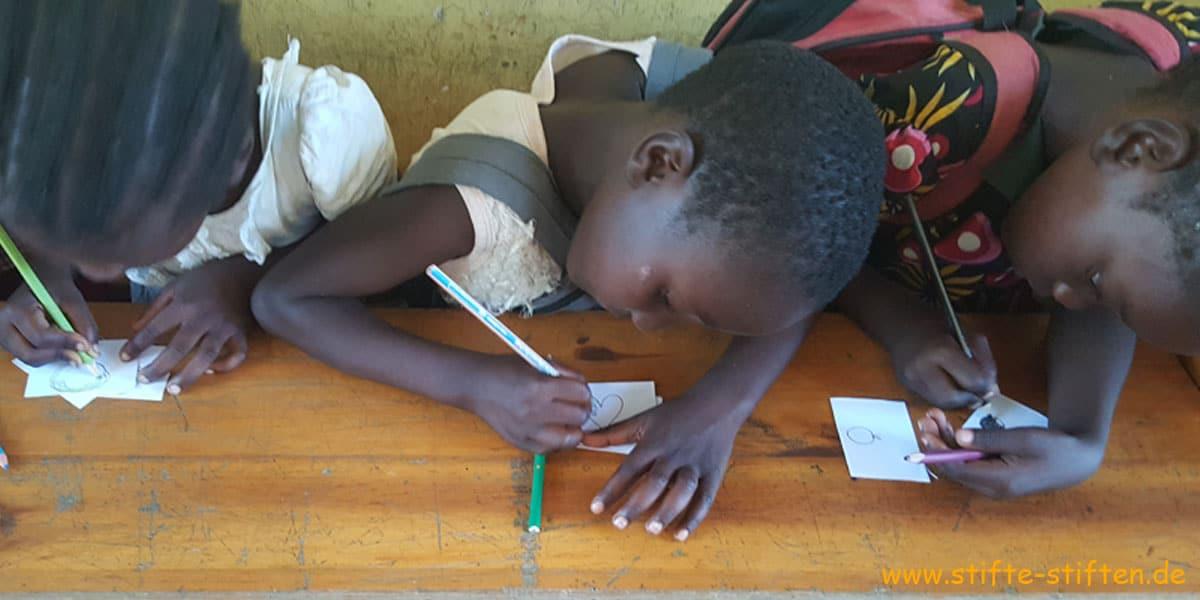 Stifte stiften - Zugang zu Bildung