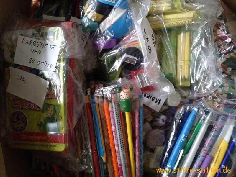 Podari Pisalo – Schenke einen Stift